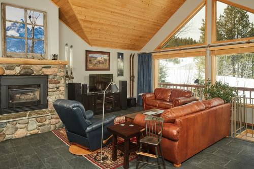 Lone Walker Home - Big Sky, MT Vacation Rental