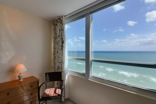 Castle Beach: Flamingo Condo -  Vacation Rental - Photo 1