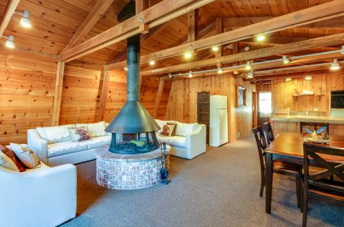 Four Bears Burrow -  Vacation Rental - Photo 1