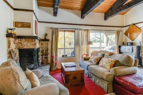 High Sierra Hideaway -  Vacation Rental - Photo 1