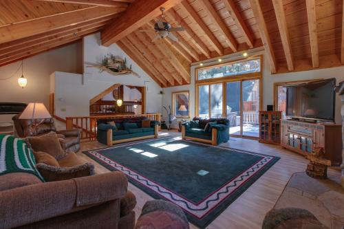 Dogwood Lodge -  Vacation Rental - Photo 1