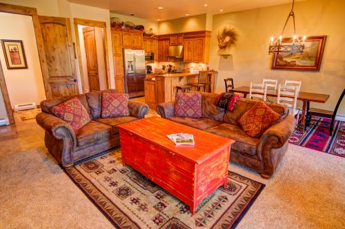 Mountain Lake Condo 202 - Big Sky, MT Vacation Rental