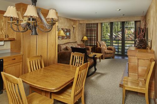 Shoshone Condo 1950 -  Vacation Rental - Photo 1