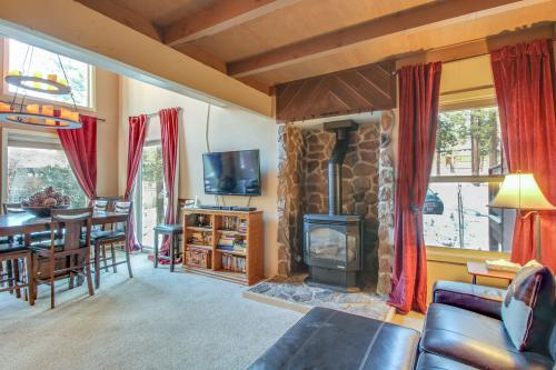 Tahoe Donner Golf Course Condo -  Vacation Rental - Photo 1