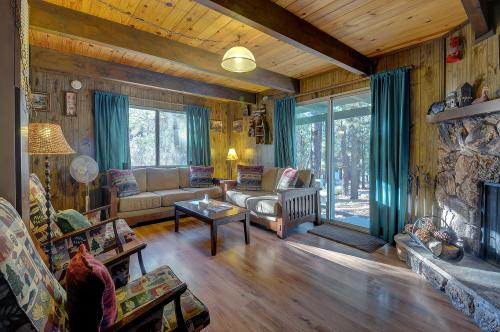 The Bee Bears -  Vacation Rental - Photo 1