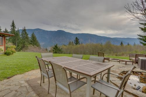 Cascade Retreat in the Gorge - Stevenson, WA Vacation Rental