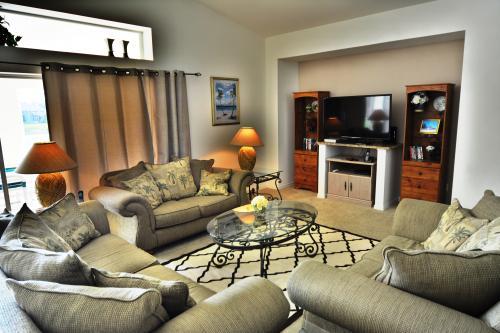 New Horizons Villa -  Vacation Rental - Photo 1