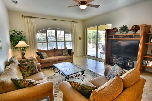 Sunrise Dawn Villa - Bradenton, FL Vacation Rental