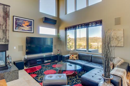 Rock Point  -  Vacation Rental - Photo 1