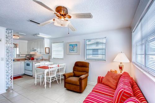 Gulf View B - Mexico Beach, FL Vacation Rental