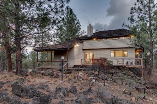 Sisters Sunrise Ranch -  Vacation Rental - Photo 1