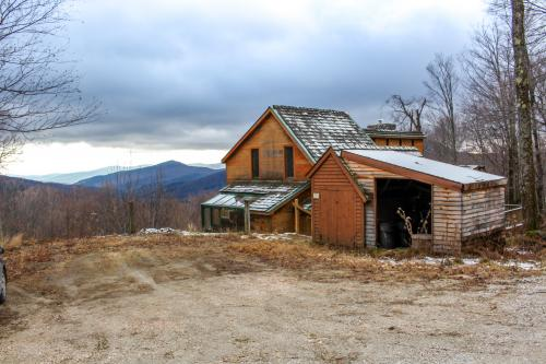 Mountain Ridge -  Vacation Rental - Photo 1