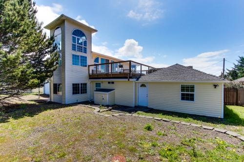 Dari's Beach House - Lincoln City Vacation Rental