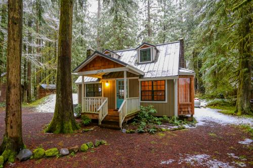 Zig Zag Chalet - Rhododendron, OR Vacation Rental
