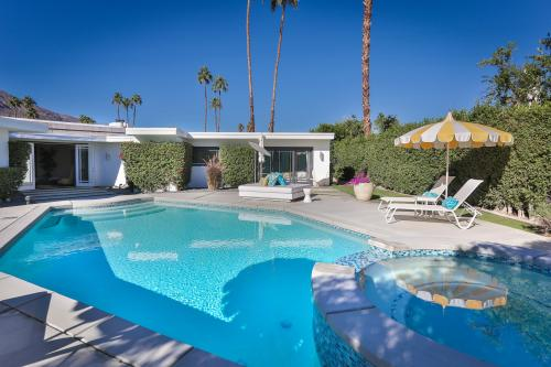 Glamorous Mid-century Modern - Villa Granada - Palm Springs, CA Vacation Rental