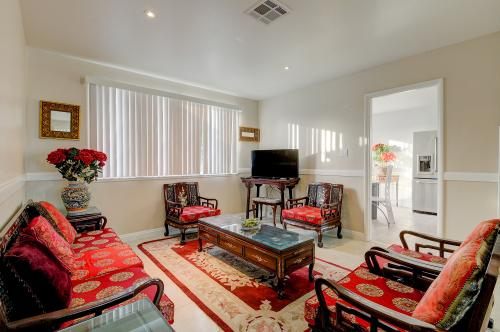 Southern California Comfort -  Vacation Rental - Photo 1