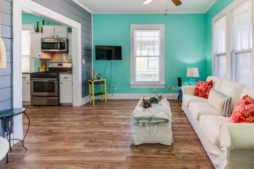 Wait N' Sea Cottage -  Vacation Rental - Photo 1