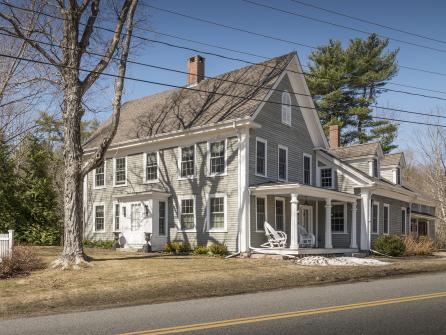 The Mountain Road Estate - York, ME Vacation Rental