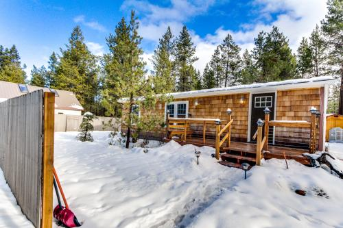 Gateway to the Cascades Cabin - Sunriver, OR Vacation Rental