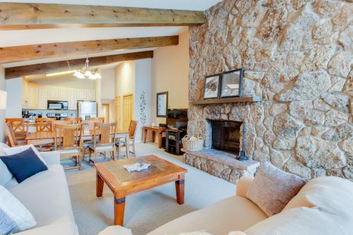 The Skier's Den - Avon, CO Vacation Rental