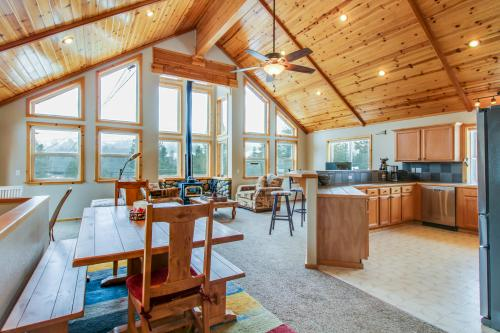Basecamp Lodge -  Vacation Rental - Photo 1