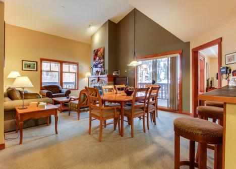 Eagle Springs East 302: Boxelder Suite -  Vacation Rental - Photo 1