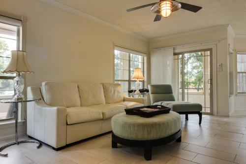 Relaxing on The Island -  Vacation Rental - Photo 1