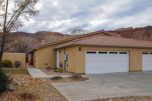 Cottonwoods 415 -  Vacation Rental - Photo 1