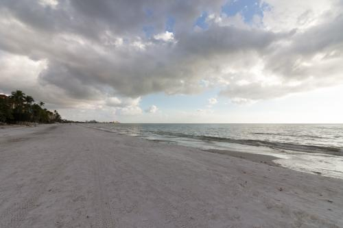 Whitecap Condo Beachfront Splendor - Fort Myers Beach, FL Vacation Rental