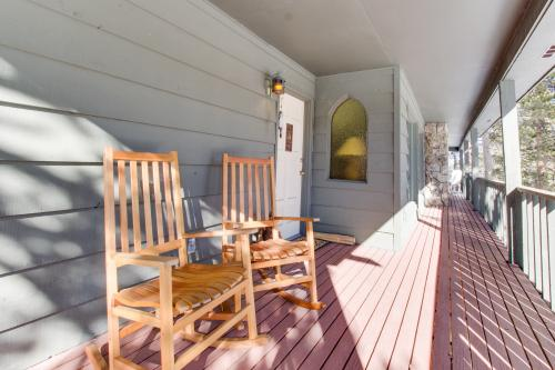 Blue River Lodge -  Vacation Rental - Photo 1