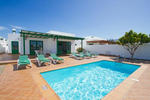 Villa Maciot II - Playa Blanca, Spain Vacation Rental
