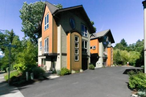 Pyrus Place - Hood River Vacation Rental