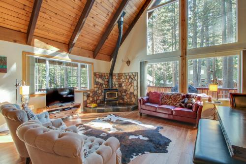 Charming Tahoe Chalet -  Vacation Rental - Photo 1