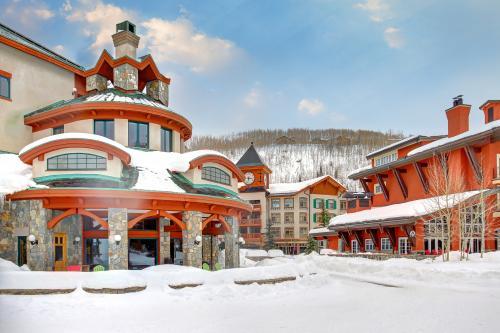 Powderhorn Lodge 201: Chamomile Suite -  Vacation Rental - Photo 1