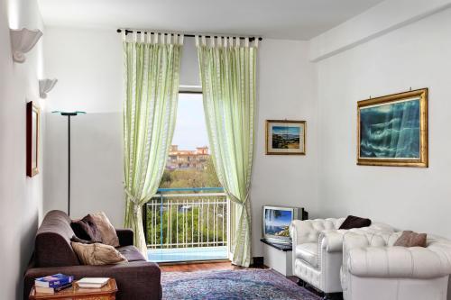 Caruso 1 Apartment -  Vacation Rental - Photo 1