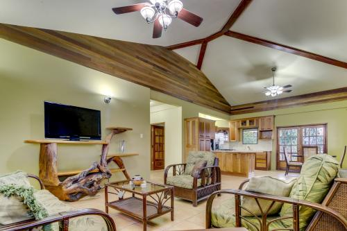 Suite @ Villa Maya - San Ignacio, Belize Vacation Rental