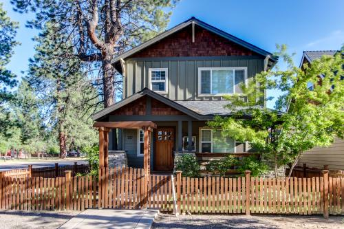 Sisters Downtown Craftsman - Sisters Vacation Rental