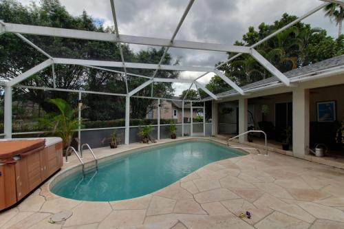 Paradise Corner - Bonita Springs, FL Vacation Rental