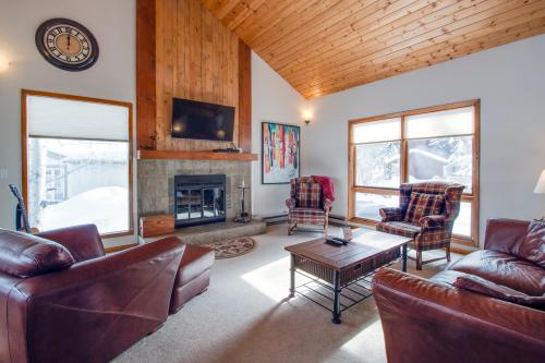Classic Eagle-Vail Ski Retreat -  Vacation Rental - Photo 1