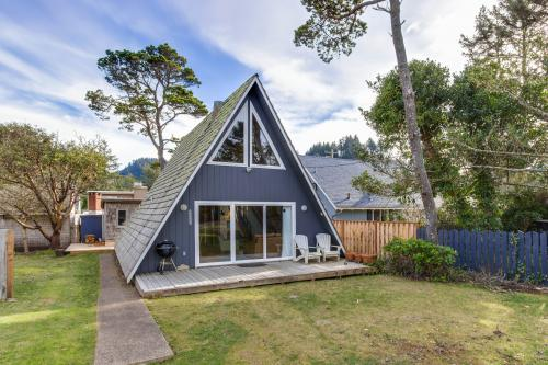 A-Frame Hideaway - Neskowin, OR Vacation Rental