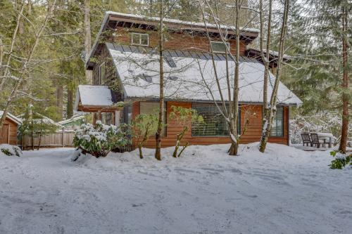 Kiwi's Creekside Cabin -  Vacation Rental - Photo 1