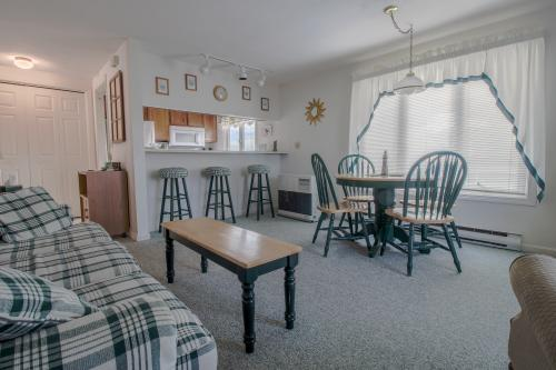 Grand Avenue Escape - Old Orchard Beach, ME Vacation Rental
