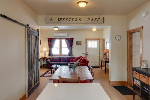Aspenwood Bungalow -  Vacation Rental - Photo 1