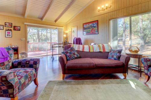 Quiet Californian Cabin -  Vacation Rental - Photo 1