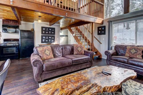 Siskiyou Chalet -  Vacation Rental - Photo 1