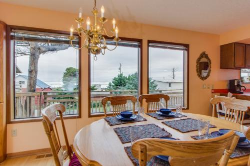 Bayocean Retreat - Cape Meares, OR Vacation Rental