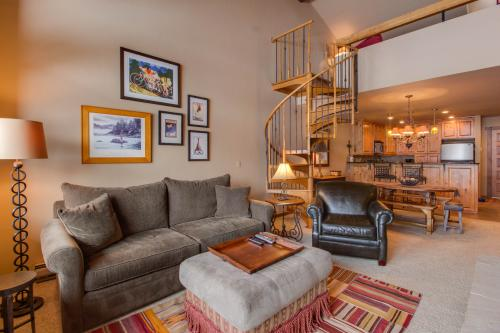 Stone Creek Condo - Avon, CO Vacation Rental