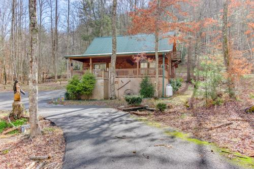 Fishin' Bear Retreat -  Vacation Rental - Photo 1