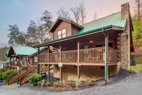 A Barefoot Landing - Pigeon Forge, TN Vacation Rental