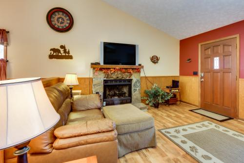 Mountaintop Hideaway -  Vacation Rental - Photo 1